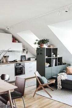 Attic apartment with kitchen and living room and a separate room divider in green by MYCS About Grüner Raumtrenner: Mein neuer Alleskönner in der Wohn Attic Apartment, Attic Rooms, Apartment Kitchen, Apartment Interior Design, Interior Design Kitchen, Home Interior, Appartement Design, Green Rooms, Cuisines Design