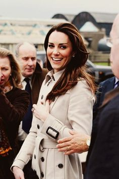 classic kate. classic trench.