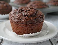 Chocolate Muffins Recipe - RecipeChart.com #Breakfast #Desserts #Snack