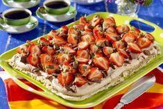 Nöttårta Bun Recipe, Fika, Bruschetta, Hot Dog Buns, Cookie Recipes, Cake Decorating, Goodies, Bread, Ethnic Recipes