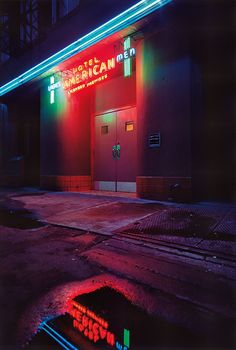 'Terminal City': Extraordinary Photos of Vancouver - Flashbak Vancouver, Cheap Motels, Tokyo, Portfolio Book, Canada, Pictures Of People, Neon Lighting, British Columbia, Photo Book