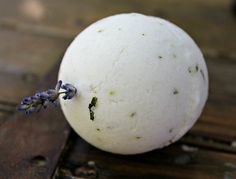 Lavender and PeppOmint Bath Bomb. #classic #bathbomb #natural #Organic #Vegan #peppermint #lavender #beauty