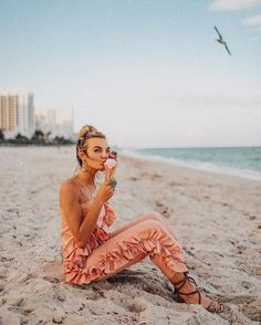 """15.9k Likes, 247 Comments - ⚡️Tezza⚡️ (@tezzamb) on Instagram: """"l kissed an ice cream and l liked it. http://liketk.it/2tO4a #liketkit #uoonyou"""""""