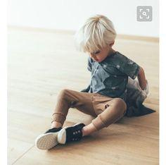 Rock & Sand Capsule by Zara Kids Fashion Kids, Baby Boy Fashion, Toddler Fashion, Fashion Fall, Zara Kids, Toddler Boys, Kids Boys, Baby Boys, Zara Baby