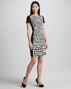 T6AN0 Kay Unger New York Printed-Front Short-Sleeve Dress