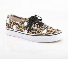 fdd561206d Vans x Hello Kitty Women s Authentic  Leopard Hello Kitty Vans