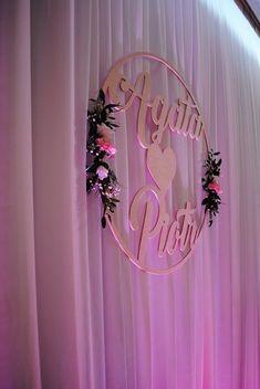 My Favorite Things, Wedding Decorations, Neon Signs, Wreaths, Weddings, Hollywood, Design, Fiestas, Wedding