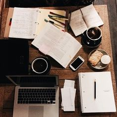Great Advice For The College Years And Beyond. College is one of the most exciting times in one's life. This article can help you achieve your go Study Desk, Study Space, Pretty Notes, College Years, Work Motivation, Study Hard, Study Notes, School Organization, Notebook Organization