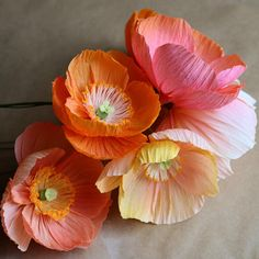 Crepe paper icelandic poppies by cobra lily shop Paper Flower Art, Tissue Paper Flowers, Paper Flower Tutorial, Paper Roses, Flower Crafts, Paper Peonies, Giant Paper Flowers, Faux Flowers, Diy Flowers