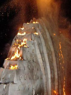 Nina Hole, Fire sculpture in Zalapa, Mexico, 2007