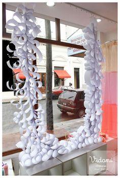 Vidriera de Acqua, Azul  - window displays visual merchandising Eugenia Ibarbide