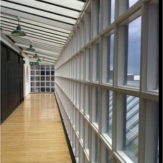 Glasgow School of Art Mackintosh celebrated design Art Nouveau, Art Deco, Glasgow School Of Art, Art School, Charles Rennie Mackintosh, Glasgow Scotland, Art And Architecture, Beautiful Homes, Macs