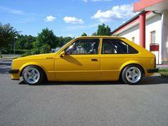 Kadett D Opel Adam, Rear Wheel Drive, Retro Cars, Mellow Yellow, Old Skool, Hot Cars, Cars And Motorcycles, Dream Cars, Volkswagen