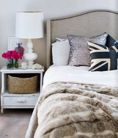 Salvage Savvy: Weekly [P]inspiration: Add Warmth & Style to your Bedroom