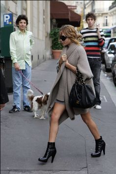 nice jacket!! mary-kate olsen