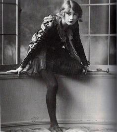 Stephanie Stephens as Peter Pan-1906