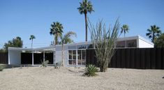Palm Springs Alexander Butterfly roofline mid century home