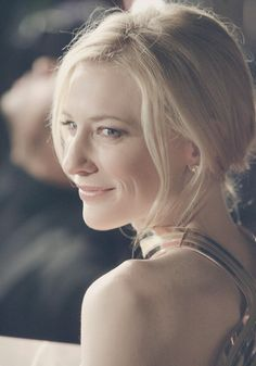 Cate Blanchett at The Good German LA Premiere (2006)