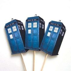 Tons of Dr. Who party stuff on this blog.