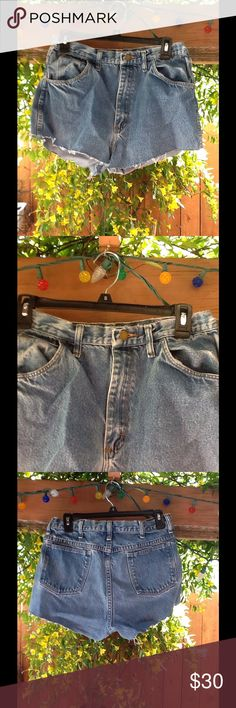 """Altered cut off jeans approx: medium/ large Great altered cut off jean shorts. Waist: 15 1/2, Hips: 36"""", Inseam: 2"""", Rise: 11 1/2"""". Approx: fits most women medium/large.  (13) Lengendary Gold Shorts Jean Shorts"""