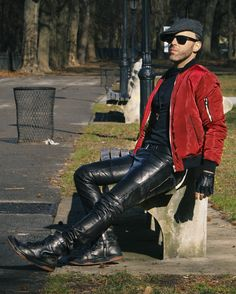 Here's a sampling from a new photoshoot I did in New York City's Upper West Side's Riverside Park. Check out my tunes and see & hear. Tight Leather Pants, Leather Trousers, Leather Men, Dress Down Friday, Riverside Park, Music Tv, Traditional Dresses, Zara, Menswear