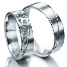 Beautiful, minimalistic wedding rings!