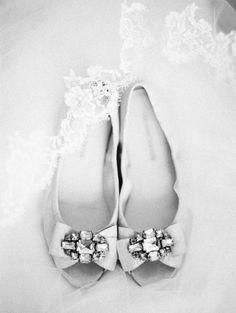 Vera Wang flats. Photography by Erich McVey Photography / erichmcvey.com, Coordination by Luxe Event Productions / LuxeProductionsNW.com, Floral Design by Vibrant Table / vibranttable.com