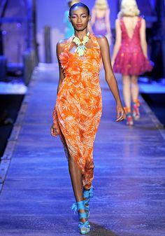 Christian Dior Spring 2011 RTW - Runway Photos - Vogue