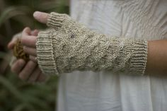 Ravelry: Featherdown by Alicia Plummer