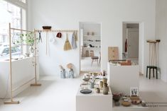 Shoe Store Design, Cafe Shop Design, Boutique Interior, Gift Shop Displays, Fashion Window Display, Rotterdam, Store Interiors, Showcase Design, Apartment Design