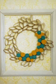 Toilet Paper Roll Wreath - 14 Toilet Paper Roll Crafts - A Little Craft In Your Day Toilet Roll Craft, Toilet Paper Roll Art, Rolled Paper Art, Toilet Paper Roll Crafts, Fun Crafts For Kids, Arts And Crafts, Glue Crafts, Diy Crafts, Diy Projects To Try