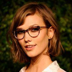 Make-up mit Brille: So wird es perfekt! | BRIGITTE.de