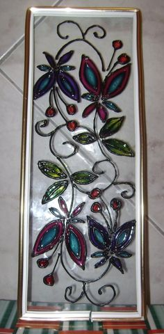falso vitral paso a paso - Buscar con Google Mosaic Glass, Fused Glass, Stained Glass, Glass Art, Glass Painting Designs, Paint Designs, Mosaic Crafts, Paper Quilling, Decoupage