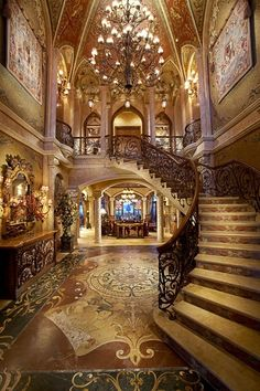 Foyer with Staircase of Chris Cline's North Palm Beach mega Mansion Grande Cage D'escalier, North Palm Beach, Mega Mansions, Luxury Mansions, Mansions Homes, Grand Staircase, Grand Foyer, Grand Entrance, House Entrance