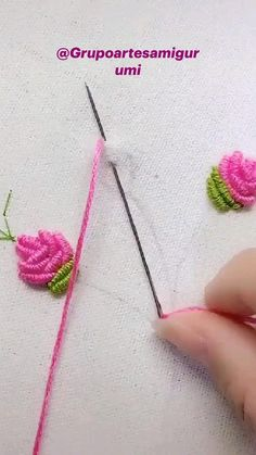 Hand Embroidery Patterns Flowers, Ribbon Embroidery Tutorial, Basic Embroidery Stitches, Hand Embroidery Videos, Embroidery Flowers Pattern, Creative Embroidery, Simple Embroidery, Silk Ribbon Embroidery, Crewel Embroidery