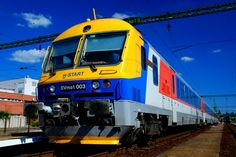 Commercial Vehicle, Hungary, Cars And Motorcycles, Vehicles, Railings, Trains, Europe, Rolling Stock, Vehicle