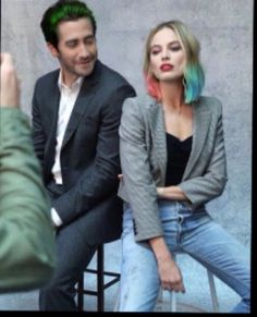"""Jake Gyllenhaal and Margot Robbie for """"Actors on Actors"""" from """"Variety"""". Maggie Gyllenhaal, Harley Quinn Cosplay, Joker And Harley Quinn, Goodbye Christopher Robin, Harley Quinn Tattoo, Dc Comics, Margo Robbie, Sister Day, Movies"""