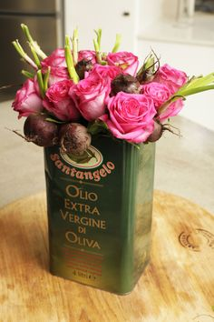 Great mix between vintage and feminine. Use old tin cans as centerpieces   #centerpieces #vintagewedding #soho63