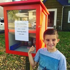 "Ballard told BuzzFeed News that since October, the pair have had this ""blessing box"" in their front yard. ""Take a blessing when you need one. Leave blessing when you can,"" the sign reads."