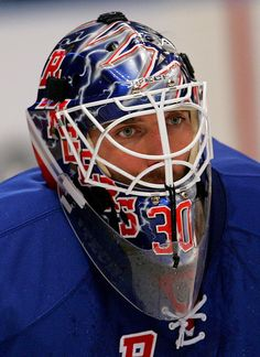 Henrik Lundqvist is still hot even with a mask.