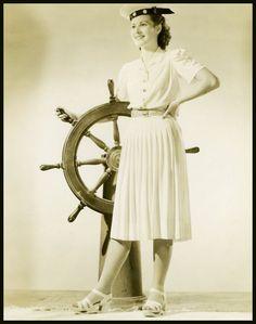 Maureen O'HARA '40-50 (17 Août 1920) Mamie Van Doren, Maureen O'hara, Famous Stars, Hollywood Glamour, Most Beautiful Women, Redheads, Actresses, Lady, Blog