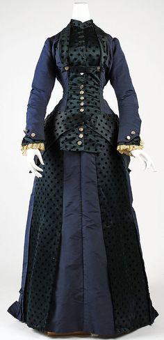 Victorian Dress - early 1880s - American -  silk Dimensions  Gift of Anne L. Maxwell, in memory of her mother, Julia H. Lawrence, 1989  Metropolitan Museum of Art
