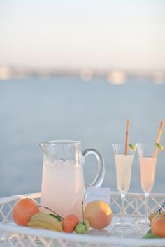 South Florida Citrus Wedding Inspiration from Jessica Lorren - Southern Weddings Party Drinks, Cocktail Drinks, Fun Drinks, Alcoholic Drinks, Beverages, Cocktails, Bellini, Summer Drinks, Cold Drinks