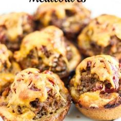 Little individual servings of food make eating all the more enjoyable. You'll love these Easy Mini Meatloaves. They are perfect for little hands! Try changing the flavors up by using BBQ sauce instead of ketchup.