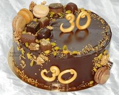 Ganache poleva Birthday Cake Decorating, Tiramisu, Food And Drink, Pies, Kuchen, Tiramisu Cake