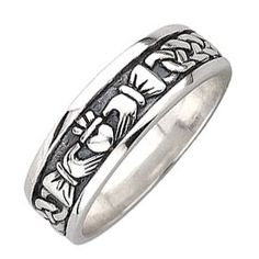 Men's Claddagh Ring/Celtic Wedding Band in Oxidised Silver