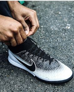 Best Soccer Shoes, Football Boots, Nike Free, Sneakers Nike, Adidas, Nike Tennis, Soccer Shoes, Best Football Shoes