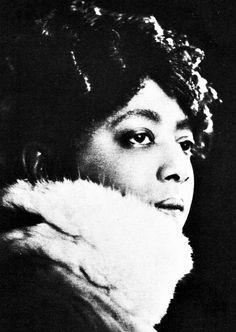 Mamie Smith (May 26, 1883 — September 16, 1946)