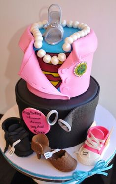 Cake Ideas Mom S Birthday : Super mom/dad cake ideas on Pinterest Souvenirs, Superhero Cake and Capes