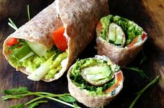 These pinwheels make for a healthy snack, meal or party platter Raw Food Recipes, New Recipes, Vegetarian Recipes, Cooking Recipes, Favorite Recipes, Healthy Recipes, Vegetarian Sandwiches, Vegetarian Appetizers, Kraft Recipes